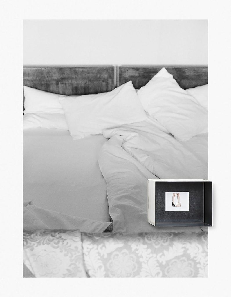 Fuji Instant Film (FP-100C, 8,5x10,8cm) in metal box, analog photography, Pigmentprint on the wall. 2015